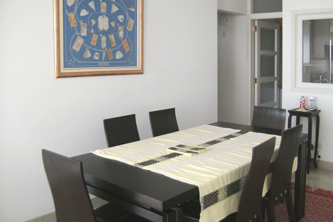 14dining-room-pict0079